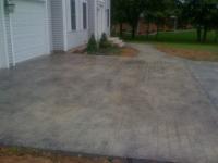 decorative-concrete-stamped-concrete-overlays-cobblestone-pattern-driveway-10