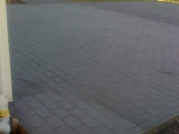 decorative-concrete-stamped-concrete-overlays-cobblestone-pattern-driveway-13